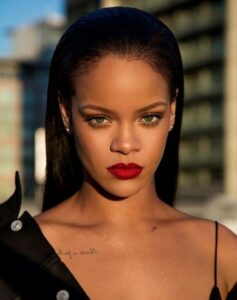 Rihanna FourFiveSeconds accordi